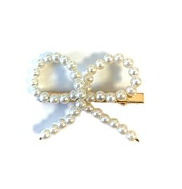 Pretty Pearly Bow